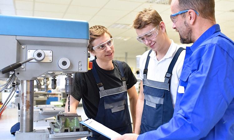 ZMI Leistung Industrie und Maschinenbau